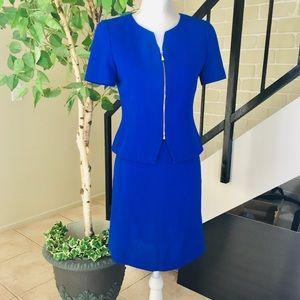 Ann Klein cobalt blue 2 piece suit: Size Petite S.